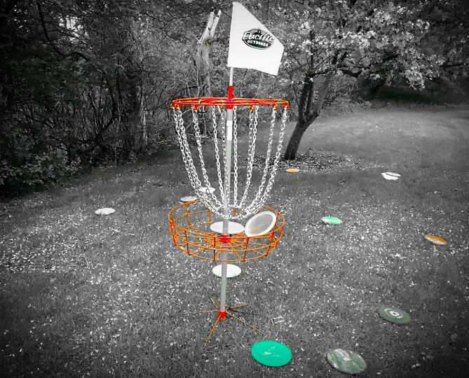 Disc golf putting practice