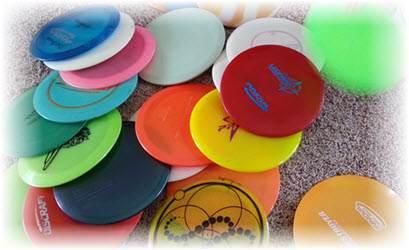 Lots Of Disc Golf Discs